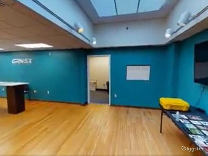 Main Floor Event Space Photo 4