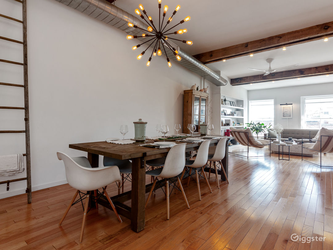 Massive loft space with exposed beams and exposed  Photo 5