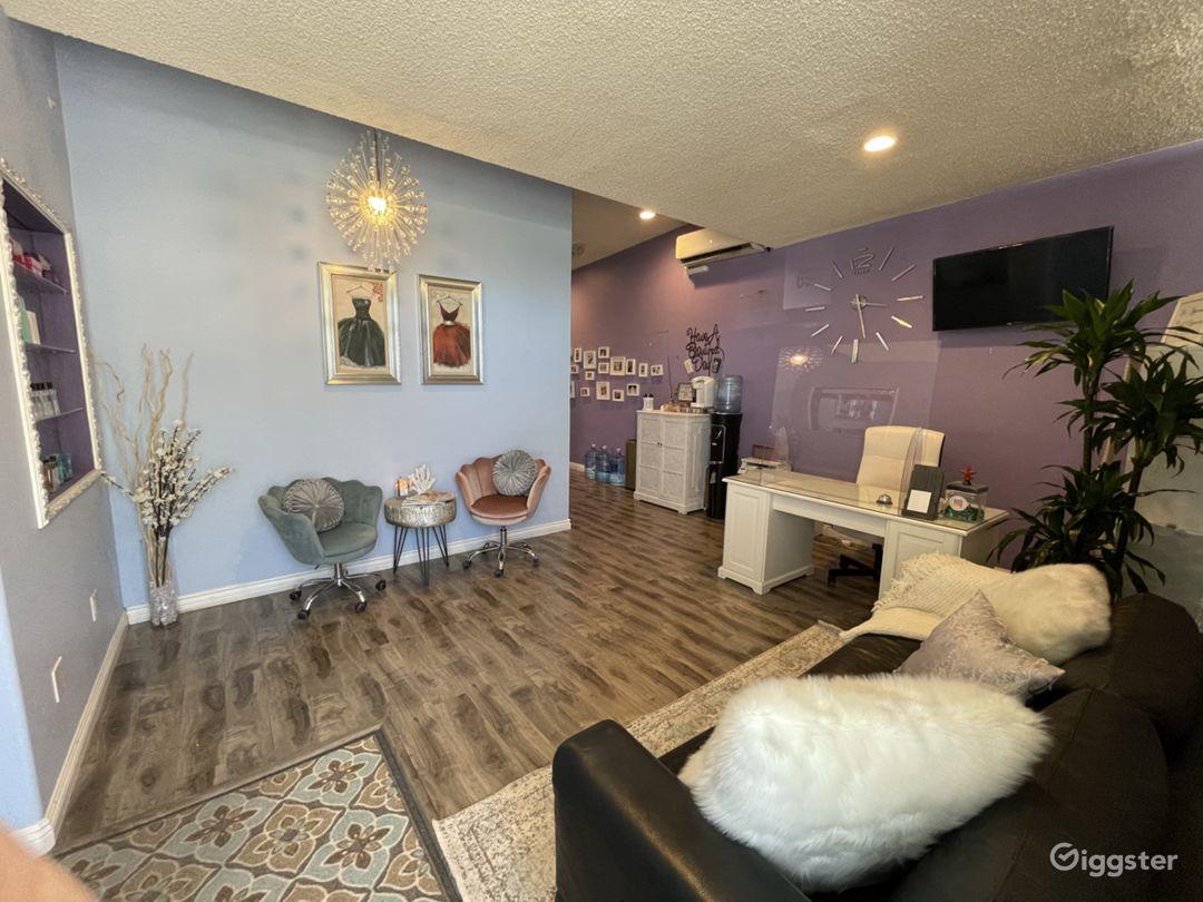 Relaxing and Cozy Brow Studio Photo 1