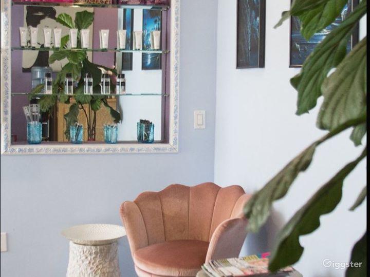 Relaxing and Cozy Brow Studio Photo 5