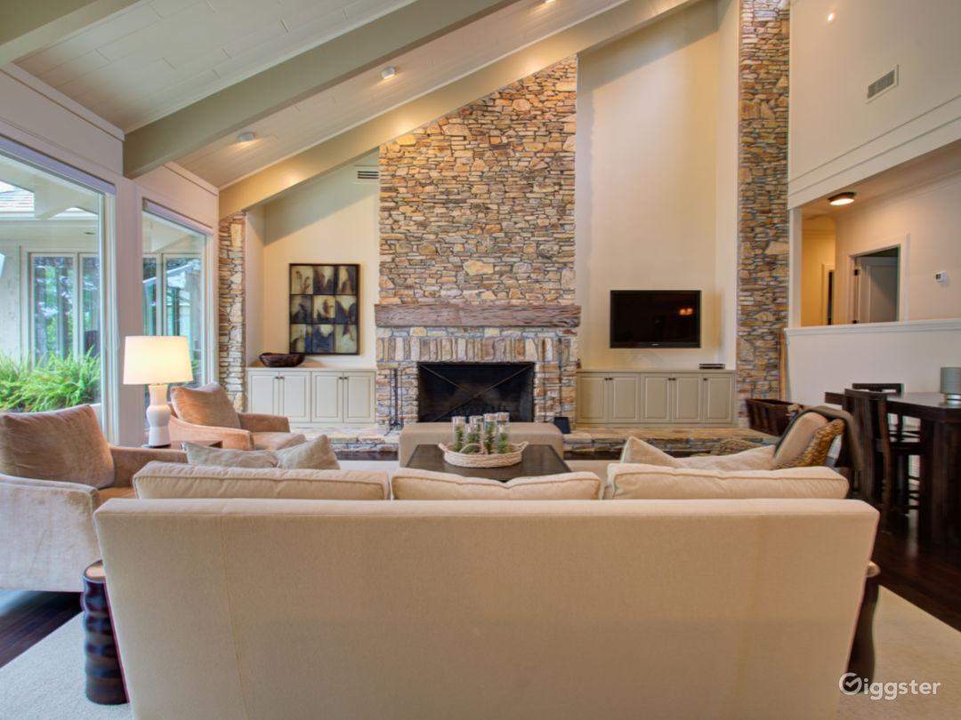 Ultimate Luxury Lake Property Photo 5