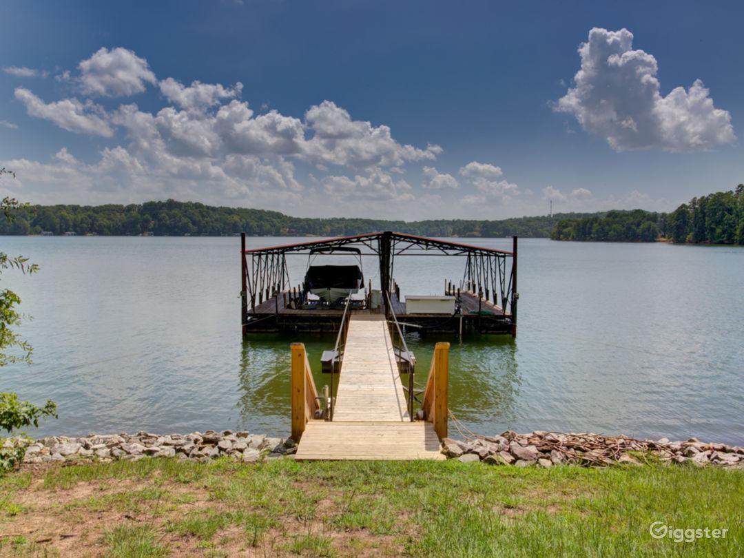 Ultimate Luxury Lake Property Photo 1