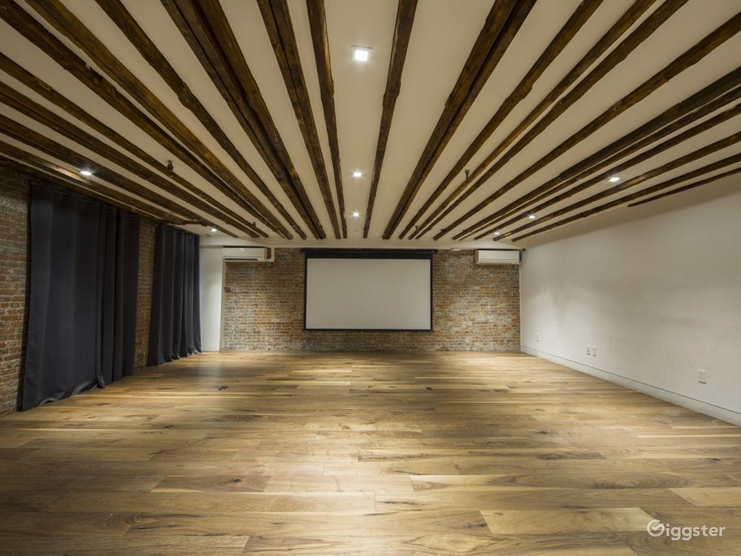 Ultimate Creative Studio with 3 Separate Suites Photo 2