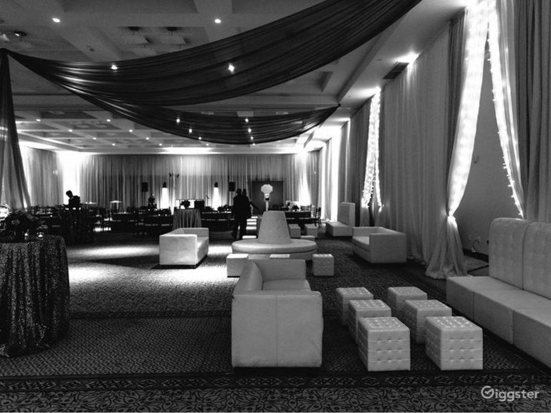Spacious Ballroom in San Rafael Photo 1
