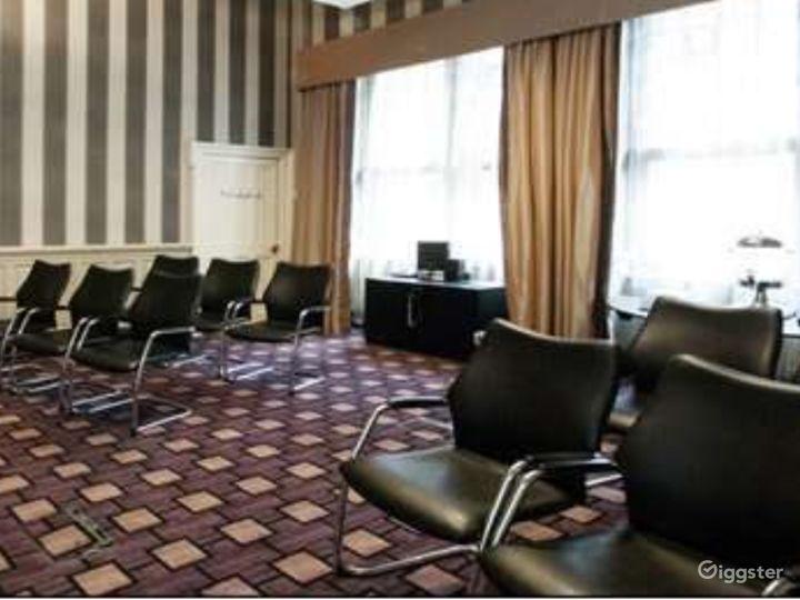 Queen Elizabeth Room in Glasgow