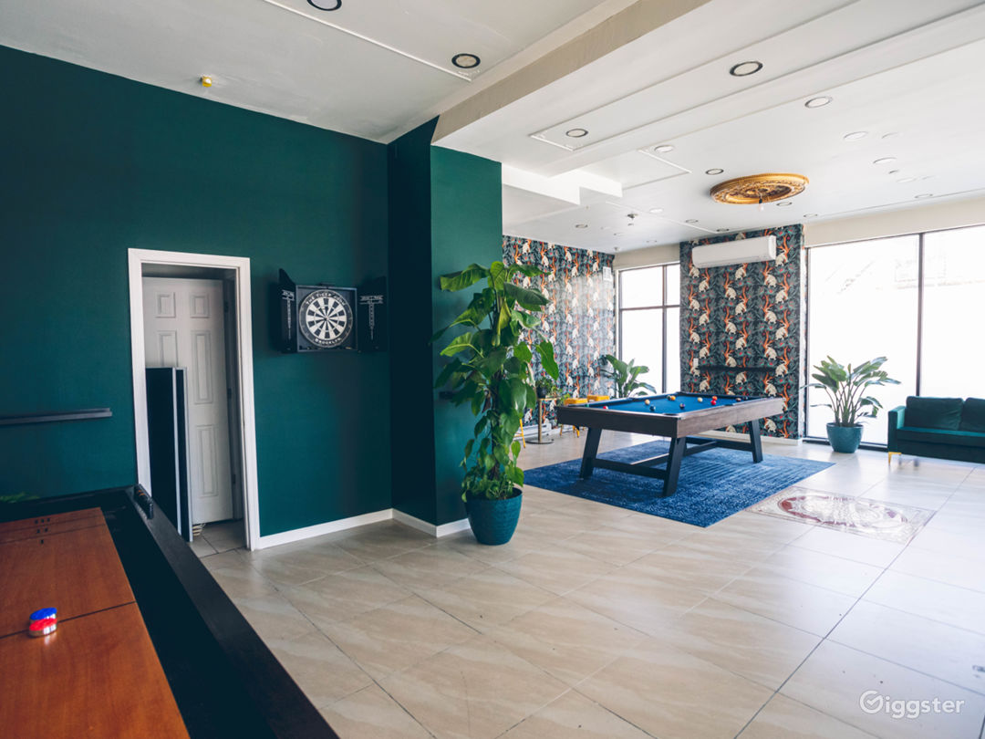 Luxe Game Room/Lounge with lots of natural light. Photo 1