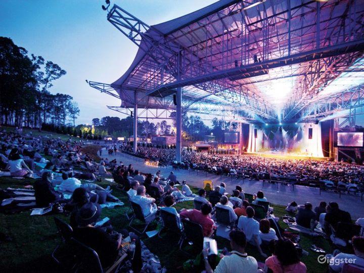 Premier Outdoor Concert Venue Photo 2