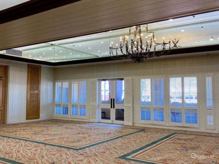 Beautiful Ballroom Foyer Photo 2