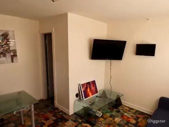 Fully Equipped Recording Studio in Miami Photo 4