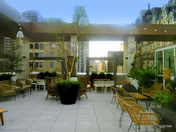 Modern Lounge located in the Heart of Philadelphia (Lounge) Photo 3