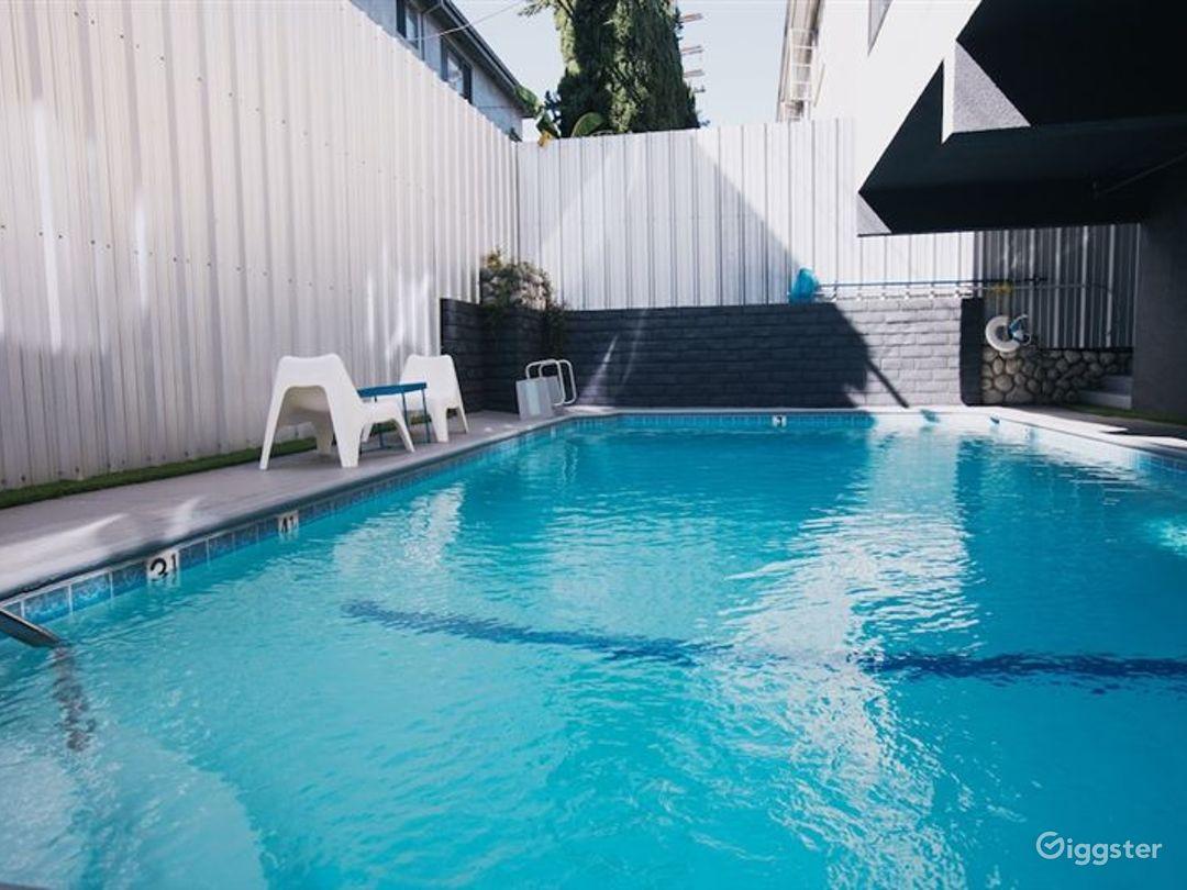 Hotel Outdoor Pool in LA Photo 1