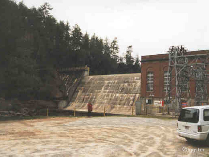 Nacoochee Dam Photo 3