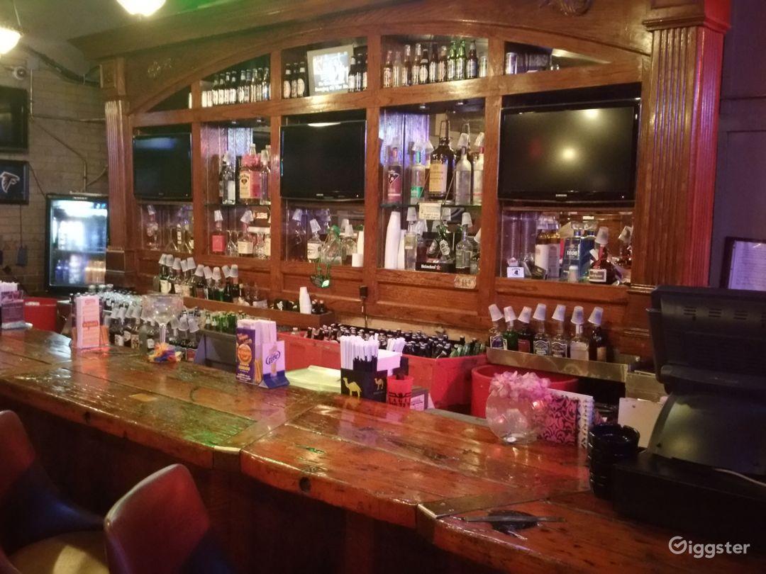 Bar / Restaurant / nightclub  Photo 2