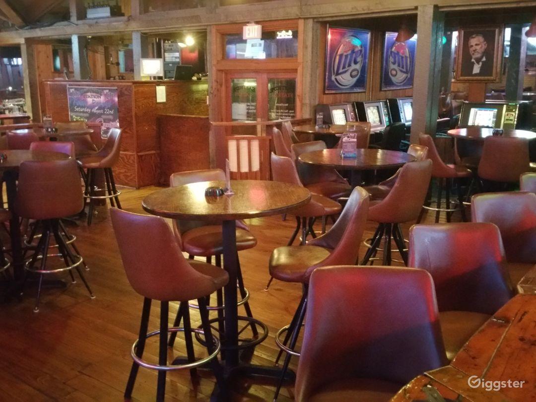 Bar / Restaurant / nightclub  Photo 4