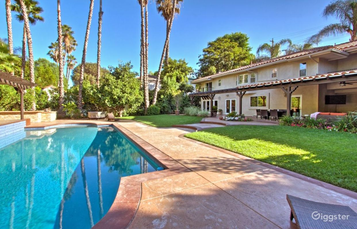Gated Estate Home with a Stunning Backyard in Tarzana Los Angeles Rental