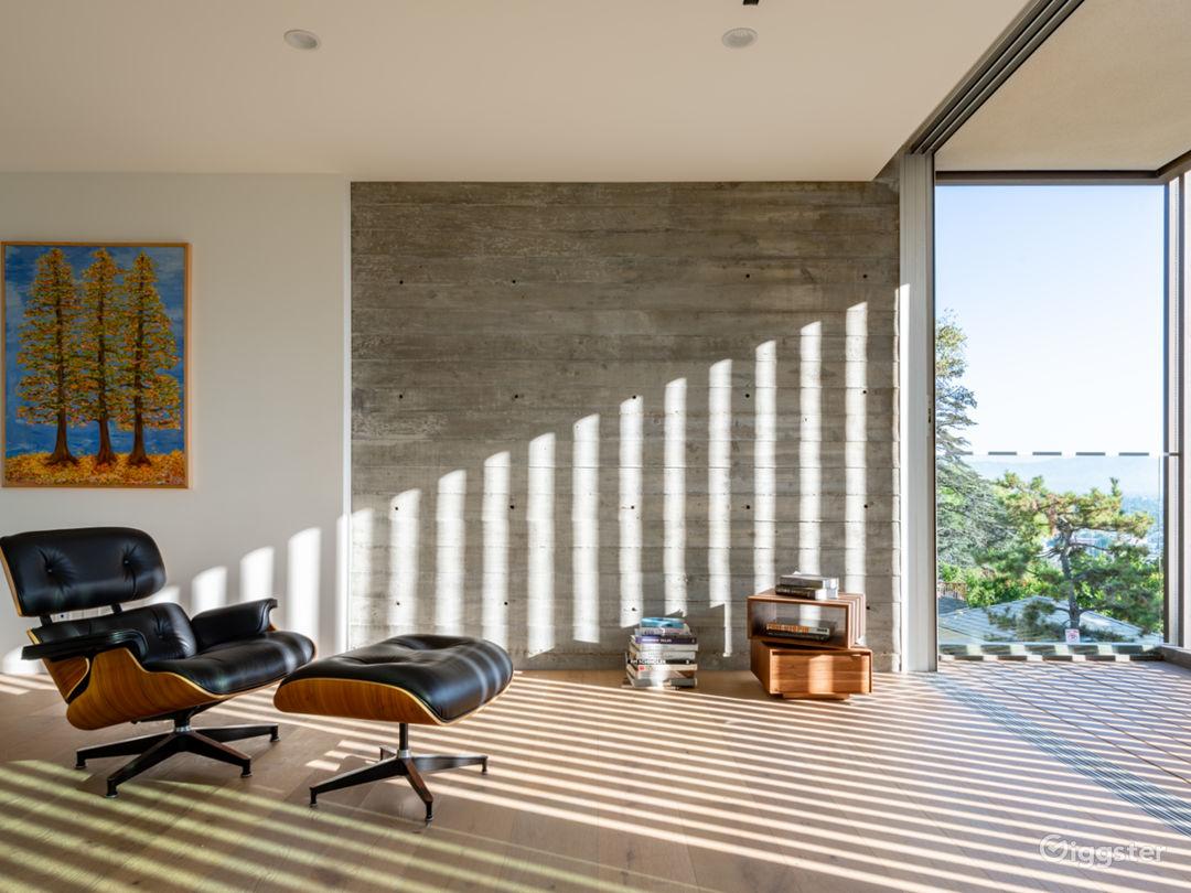 Brand New Contemporary Amazing House! Photo 5