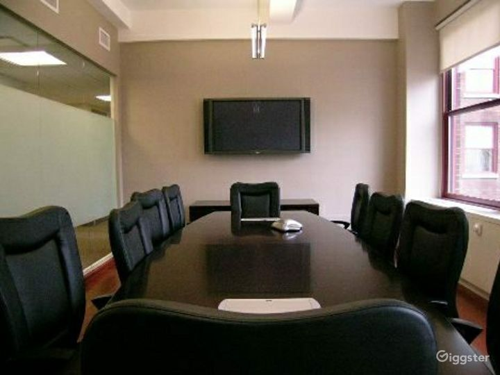 Office suites and conference room: Location 4097 Photo 2