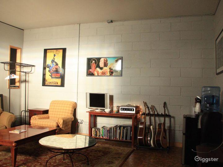 Hip & stylish recording studio Photo 3