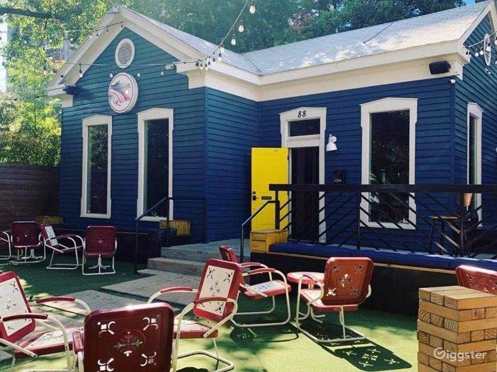 Fun & Trendy Craftsman House w/ Large Patio in Austin Photo 5