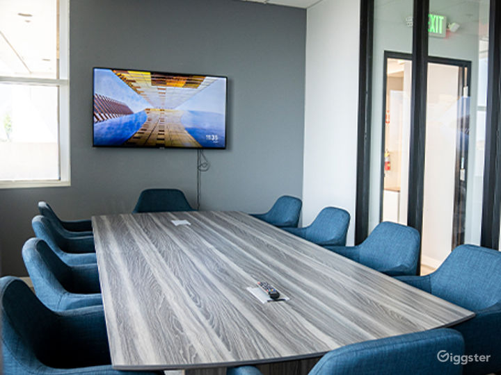 Ventura Conference Room for 16 people Photo 4