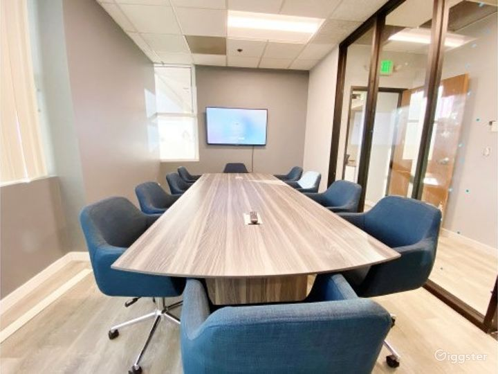 Ventura Conference Room for 16 people Photo 3