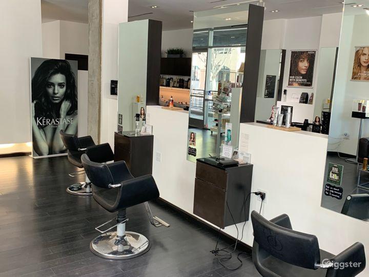 Modern Hair Salon Photo 4