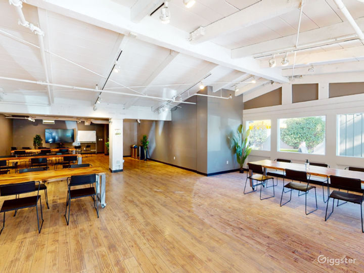 Bright and Airy space near Stanford Campus
