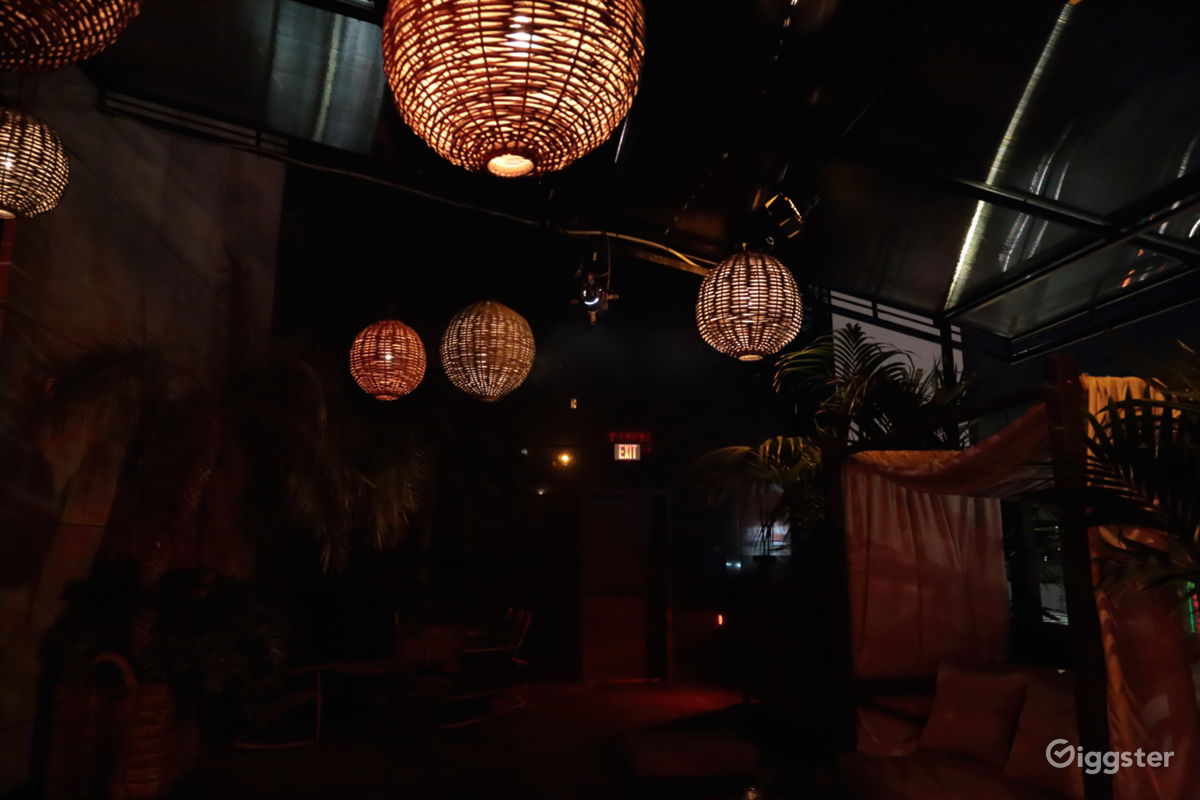 Rent iconic hollywood blvd nightclub bar club lounge event space book the los angeles ca 90028 bar club lounge event space arubaitofo Images