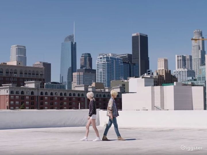 DTLA FASHION DISTRICT, ROOFTOP, WHITE SETTING