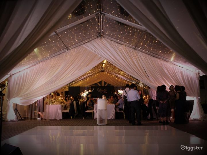 Grand Indoor Dining Rooms and Celebration Venue Photo 5