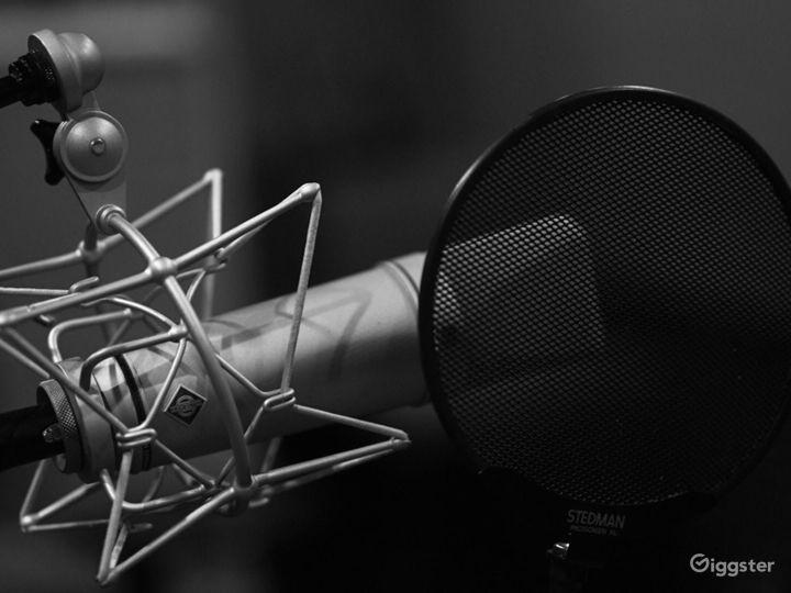 Professionally Designed Full Service Audio Booth Photo 4