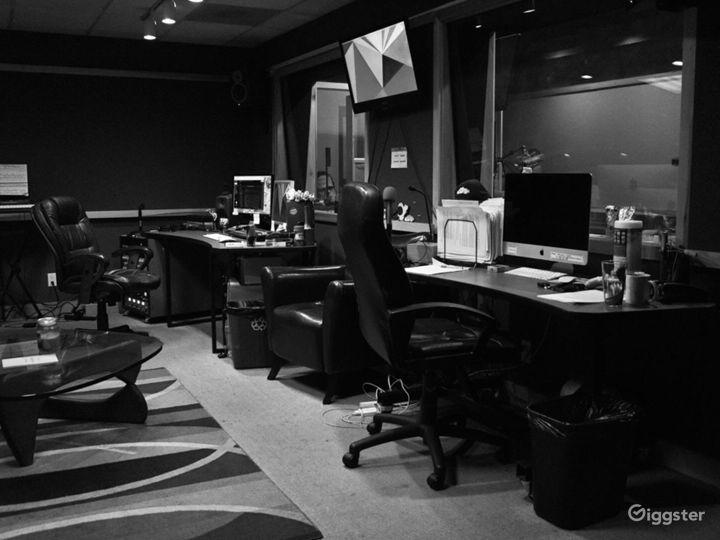Professionally Designed Full Service Audio Booth Photo 2