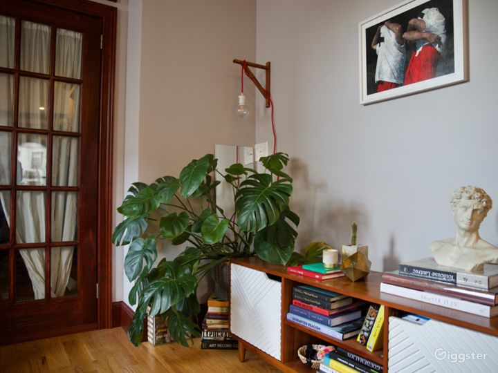 Historic Brooklyn Brownstone Modern/Romantic Vibe Photo 2