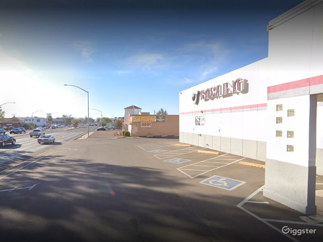 Bowling Alley Parking Space in Tucson Photo 1