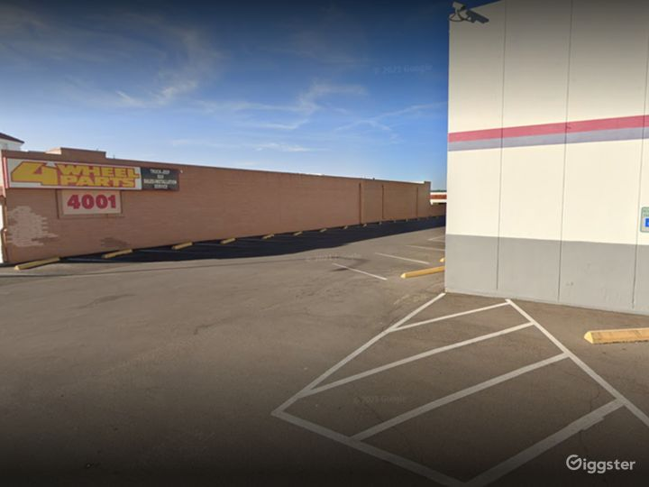 Bowling Alley Parking Space in Tucson Photo 2