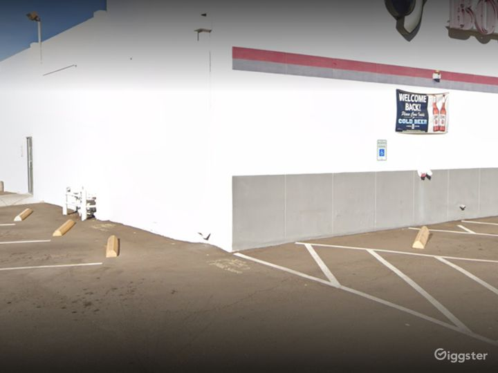 Bowling Alley Parking Space in Tucson Photo 3