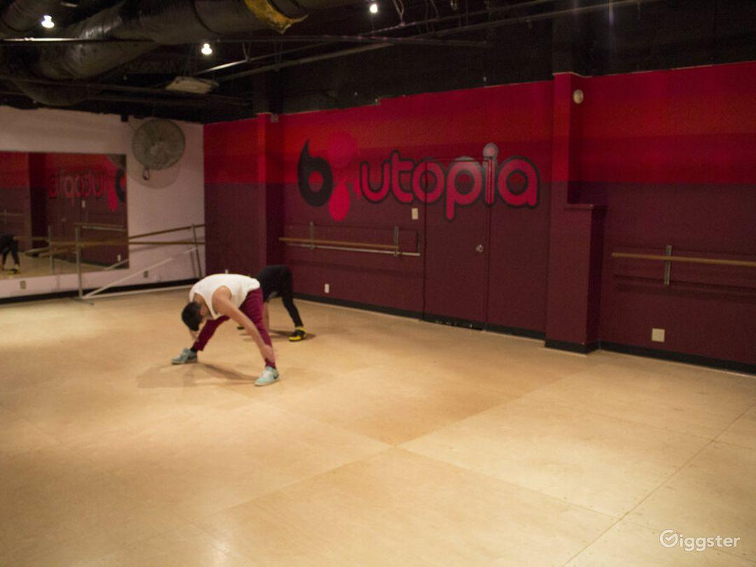 Interesting Dance Room in Torrance Photo 1