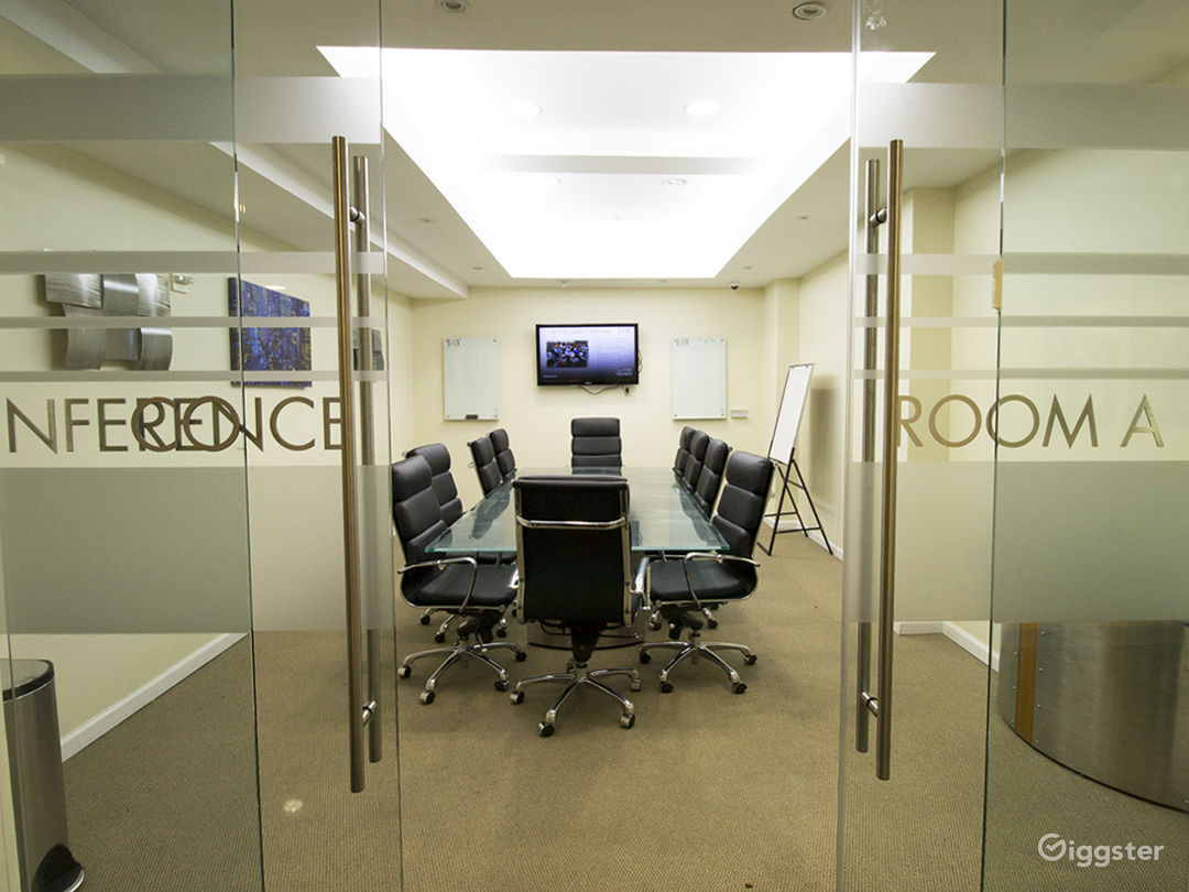 Large Modern Conference Room  Photo 2