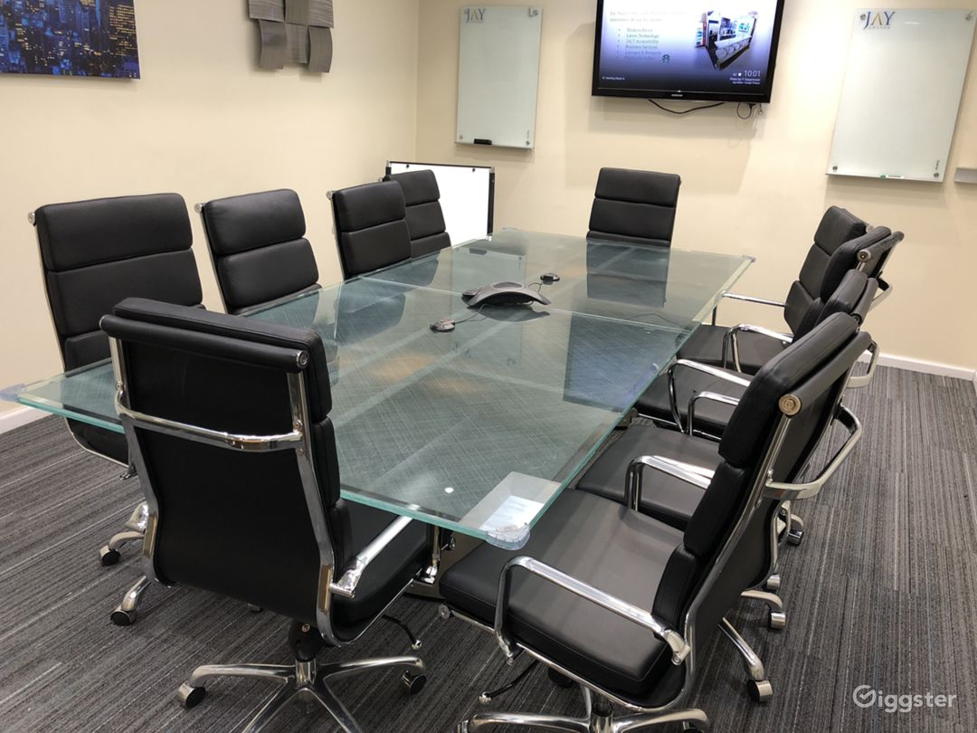 Large Modern Conference Room  Photo 4