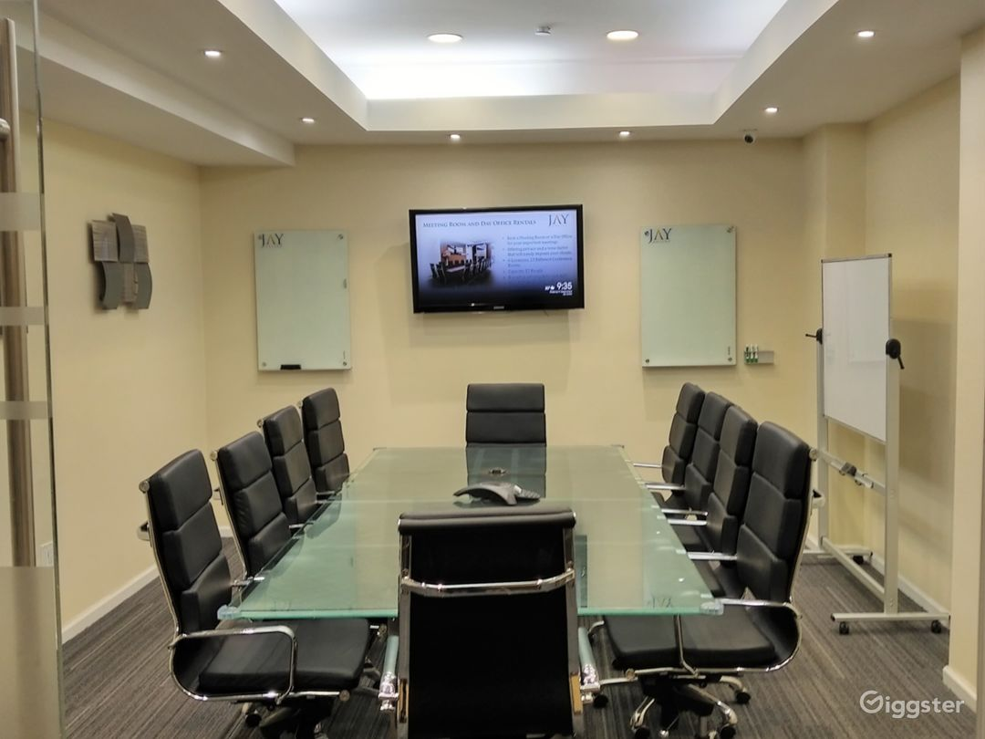 Large Modern Conference Room  Photo 3