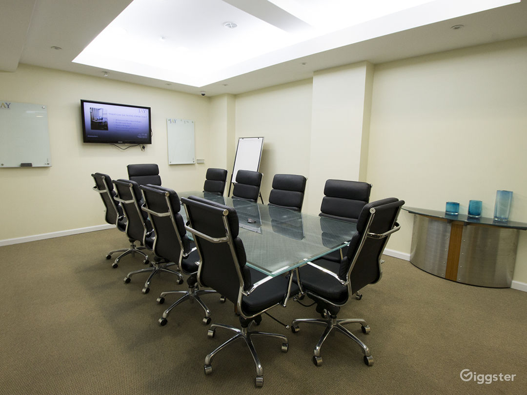 Large Modern Conference Room  Photo 1