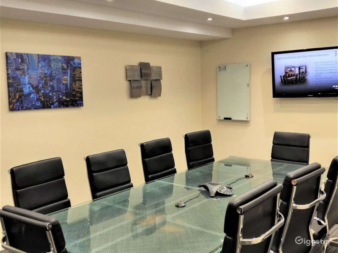 Large Modern Conference Room  Photo 5