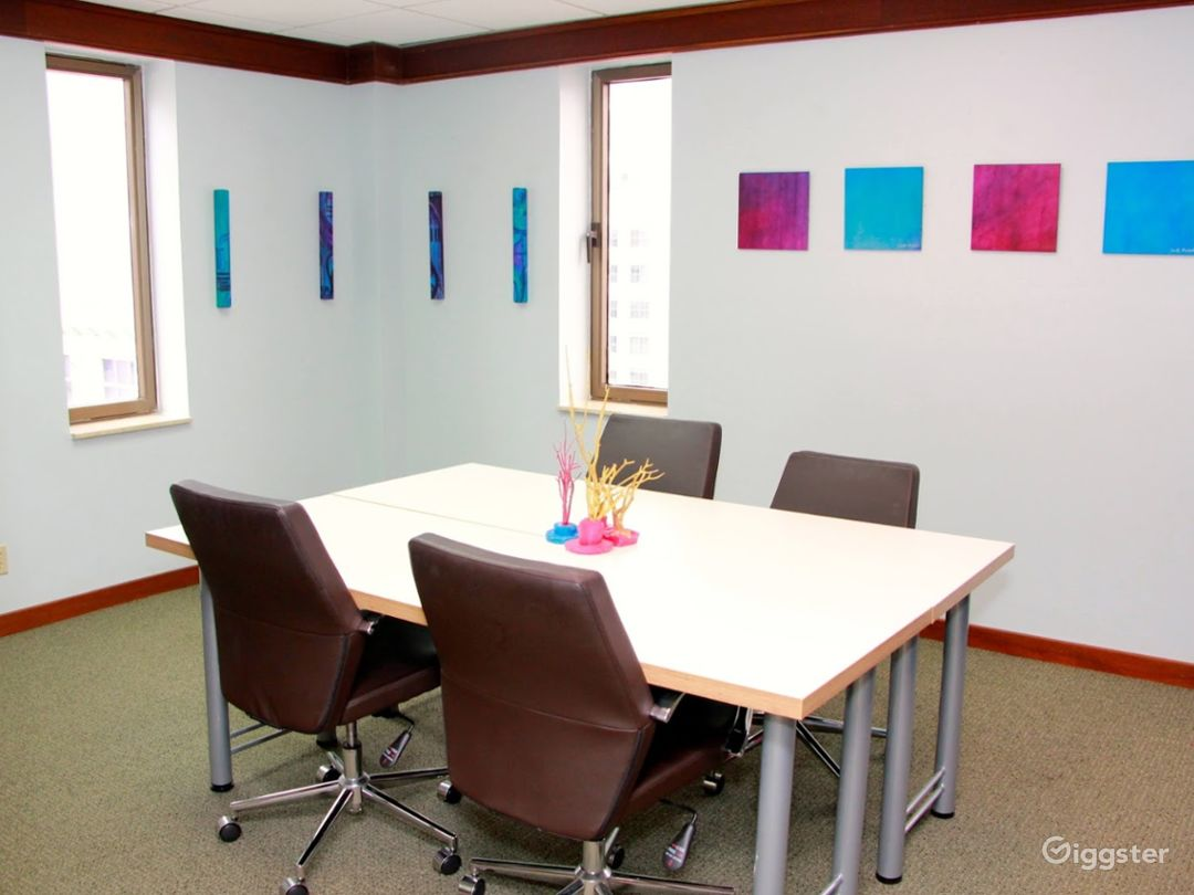 Contemporary Meeting Room in Miami Photo 1