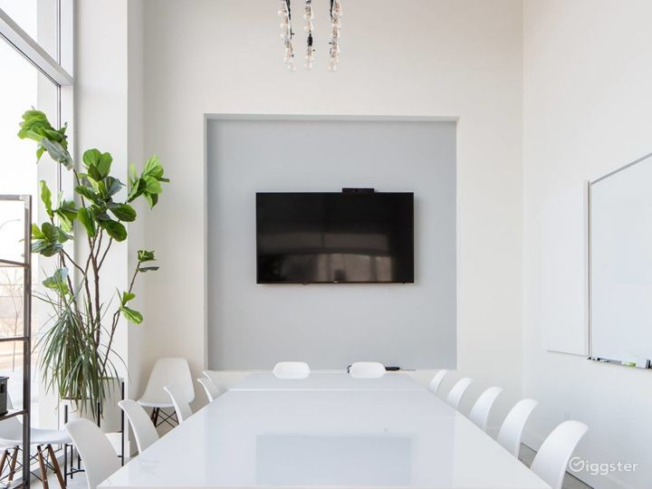 Bright Modern Meeting & Conference Room