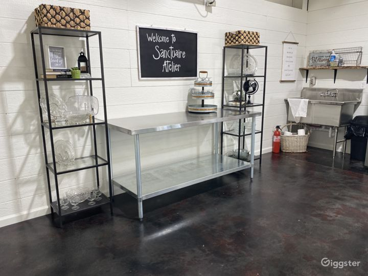 Sanctuaire Atelier has a Commercial Sink, refrigerator / freezer, and serving area to allow for guests to serve food.