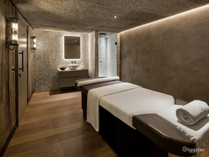 Luxury Hotel Spa in Manchester Photo 2