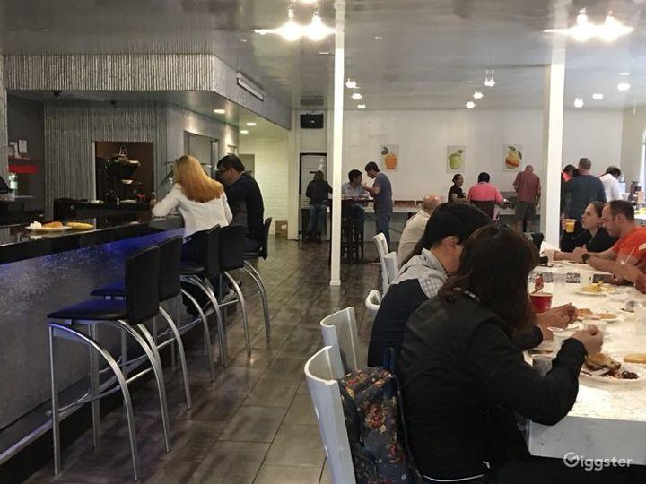Pleasant Dining Room in LA Photo 4