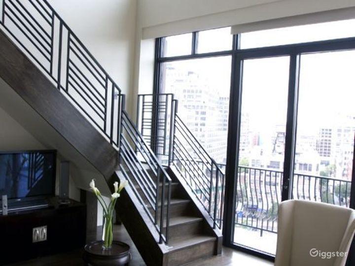 Penthouse duplex hotel suite: Location 3133 Photo 5