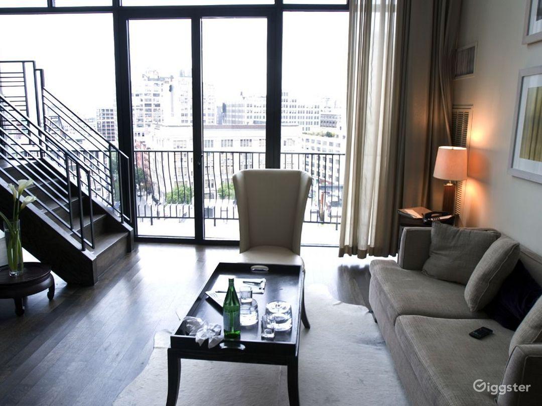 Penthouse duplex hotel suite: Location 3133 Photo 1