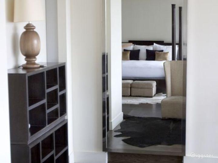 Penthouse duplex hotel suite: Location 3133 Photo 2